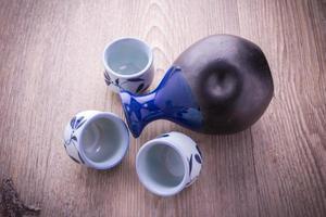 japanisches Sake-Trinkset foto