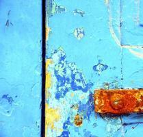 Tür und Vorhängeschloss foto