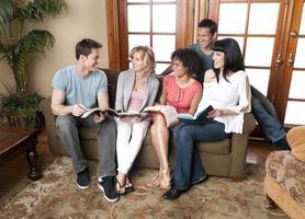 informelles Bibelstudium foto