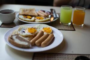 Frühstück Speisen und Getränke