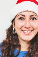 Porträt der jungen Frau zu Weihnachten foto