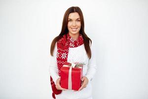 Frau mit Geschenk foto