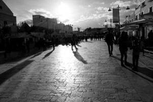 Hauptstraße von Alberobello (Apulien) foto