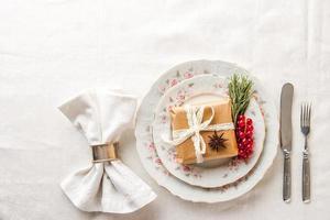 Weihnachtstabelleneinstellung Draufsicht foto
