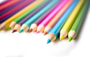 Satz Zeichnung mehrfarbige Stifte mit Kopierraum foto