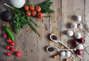 frische Bauern vermarkten Gemüse von oben mit Kopierraum