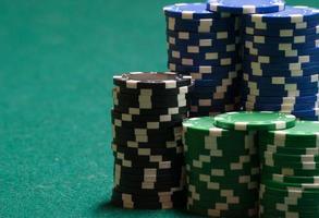Pokerchips und Kopierplatz foto