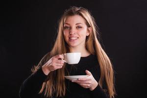 Frau mit Tasse foto