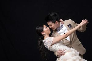 asiatische Braut und Bräutigam Hochzeit