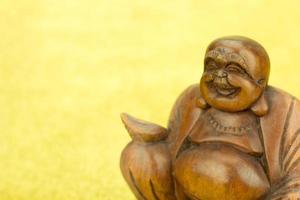 hölzerne Buddha-Statue foto