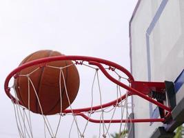 Basketball spielen 4 foto
