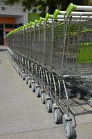 Nahaufnahme Einkaufswagen foto