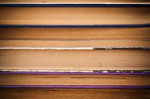 der Hintergrund der Seiten alter Bücher