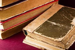 altes Buch hautnah