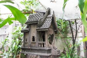 thailändisches Holzhaus Handwerk