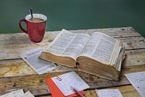 tägliches Bibelstudium foto