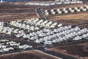 Ansiedlung neuer Häuser alle im gleichen Stil