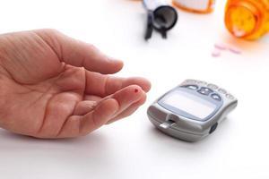 Blutzuckerspiegel-Bluttest foto