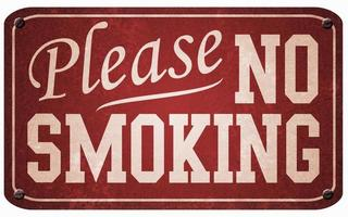 Vintage Rauchverbotsschild aus rotem und weißem Metall foto