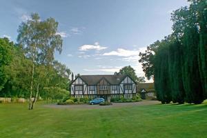 britischer Tudor nach Hause foto