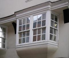historisches Erkerfenster foto