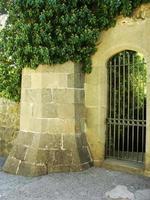 dekorative Tür, Vorontsov Palastmauern, Alupka, Krim foto