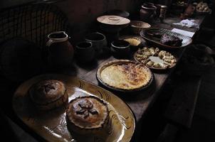 Essen aus einer Tudor-Herrenhaus-Küche