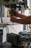 industrielle Eisenbohrmaschine foto