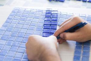 Herstellung von Mosaikfliesen