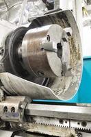 Maschine in einer Werkstatt, Teil der Drehmaschine foto