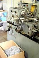 alte Metalldrehmaschine aus dem letzten Jahrhundert