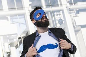 junger Hipster Superheld foto