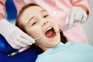 Zahnuntersuchung foto