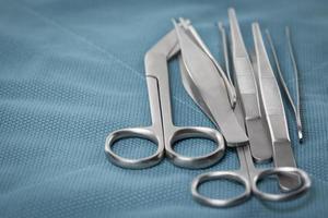 Detail der chirurgischen Instrumente foto