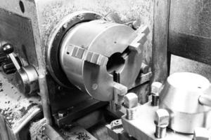 selbstzentrierende Spannfutterdrehmaschine drehen