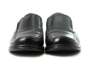 Mann Schuhshow für Kunden wählen