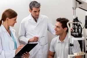 Patienten hören Ergebnisse foto