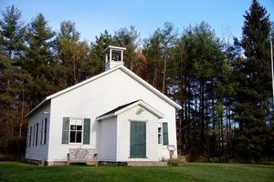 Schulhaus mit einem Raum foto