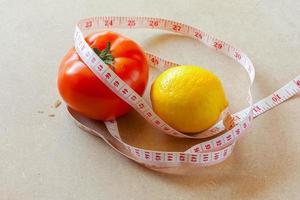 Obst, Gemüse, Gewichtsverlust und Gesundheitsfürsorge. foto
