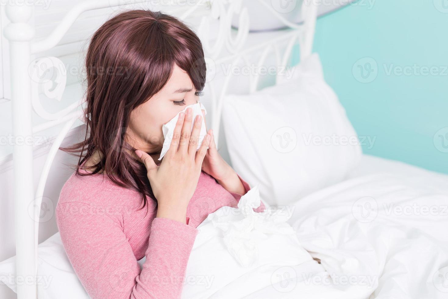 sjuk kvinna blev kallt foto