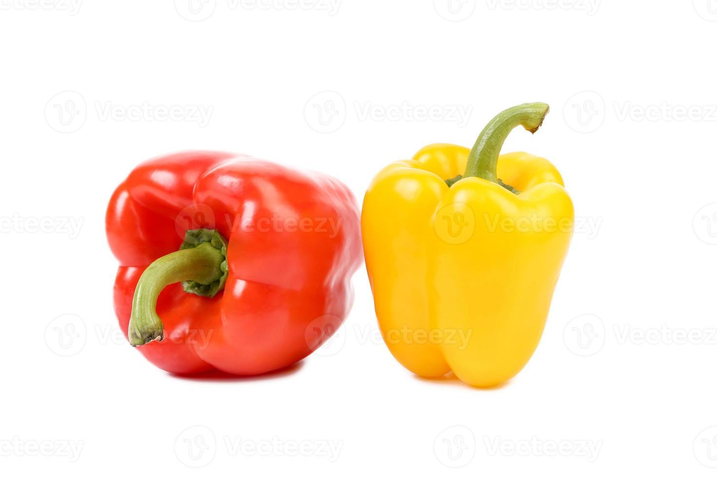 röda och gula paprika foto