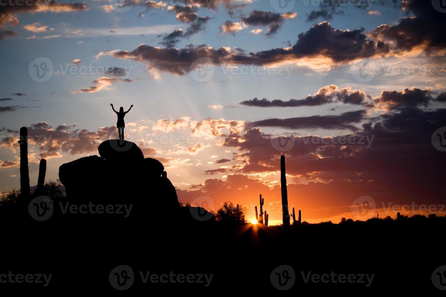 vacker öken soluppgång foto