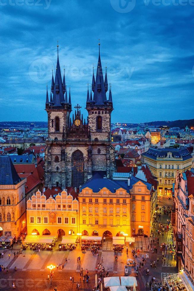 Prags gamla stadstorg, tyn domkyrka foto