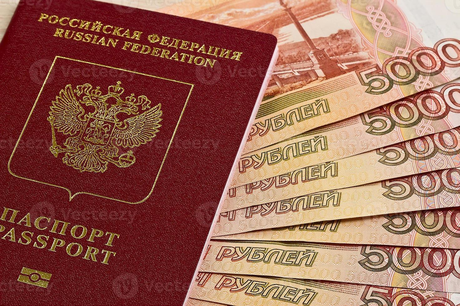 ryska pass och ryska sedlar foto