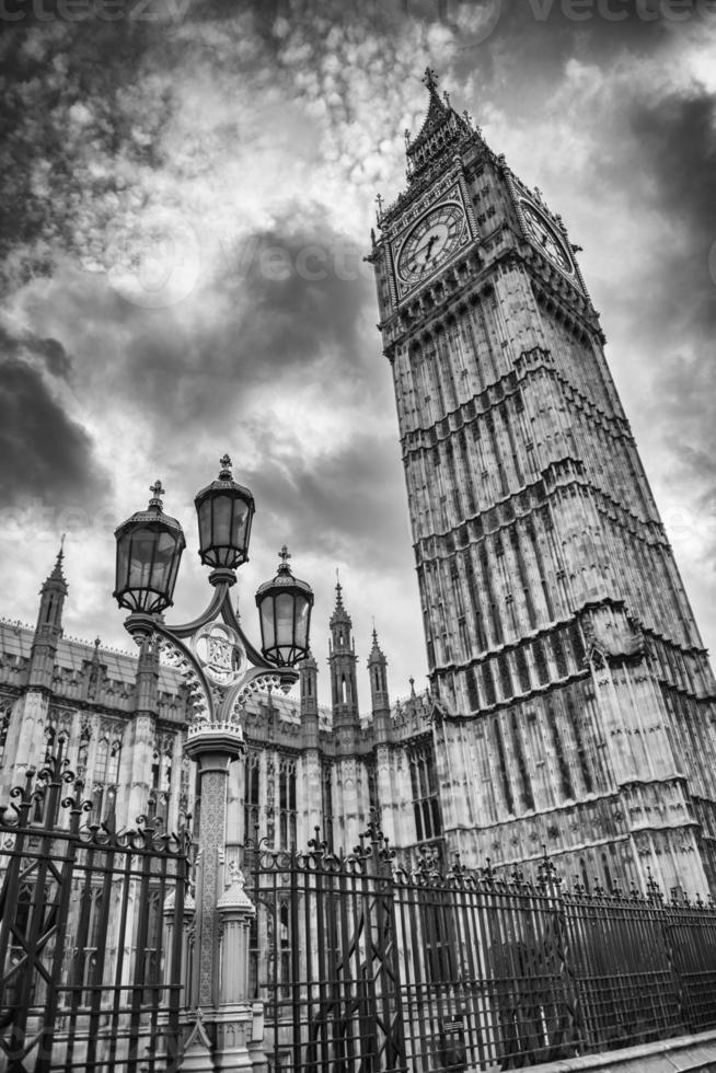 big ben och lampstolpen i London foto