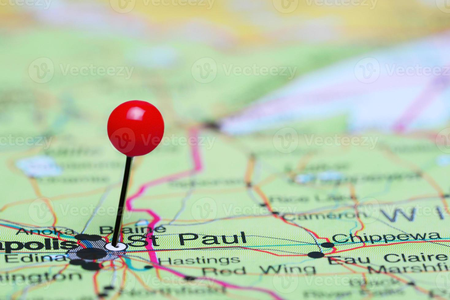 St Paul fästs på en karta över USA foto