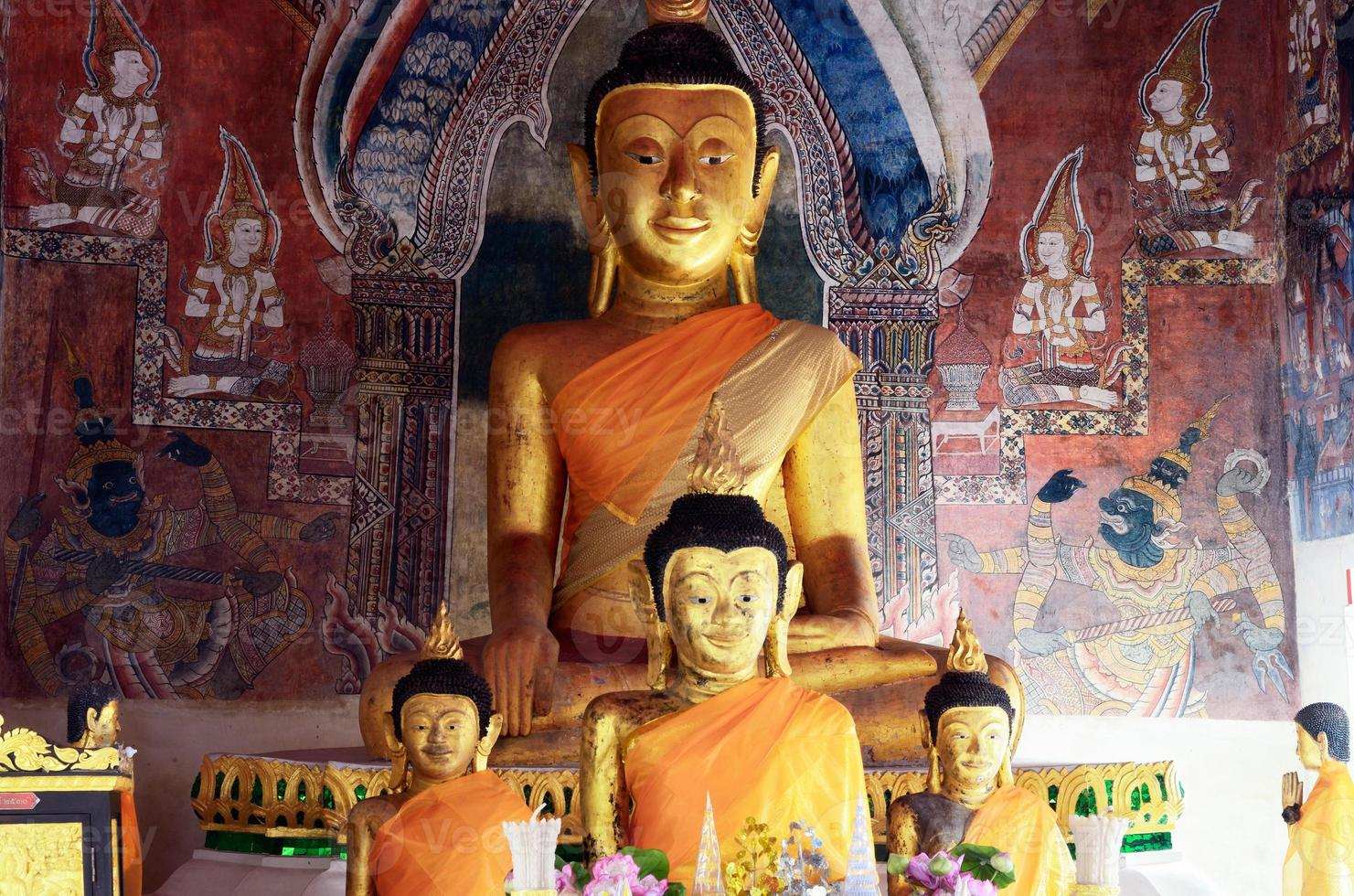 Buddha gyllene foto