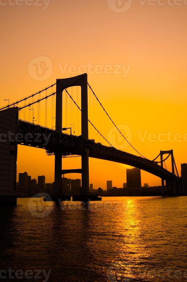 tokyo bukten vid regnbågens bro foto