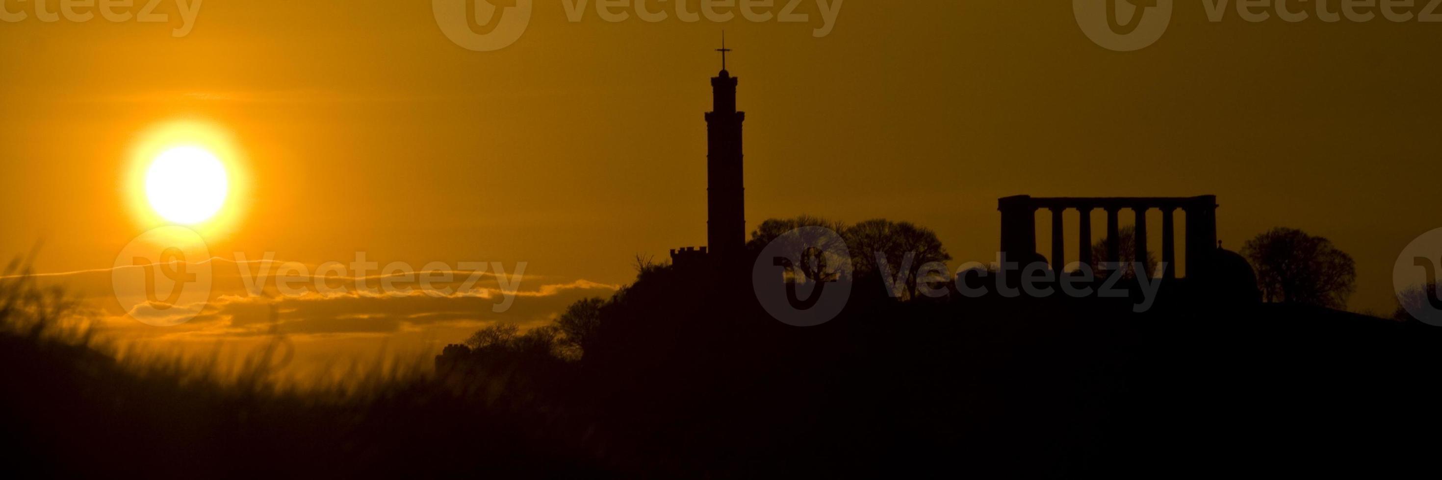 calton hill silhouette, edinburgh, Skottland foto