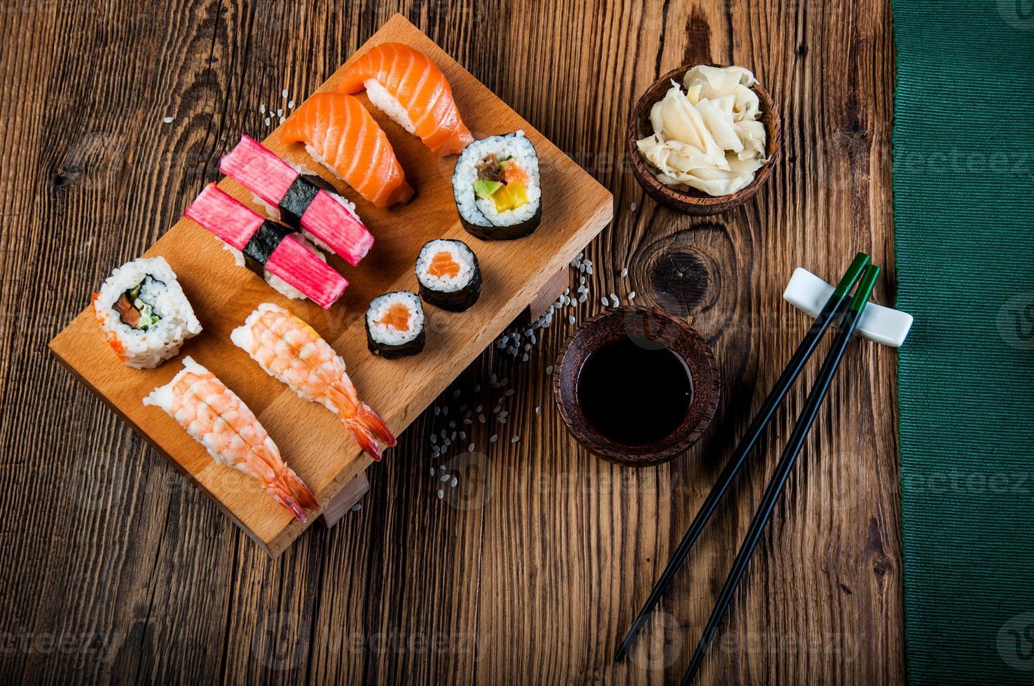 orientalisk japansk sushi foto